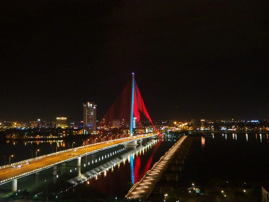 チャンティリー橋・夜景