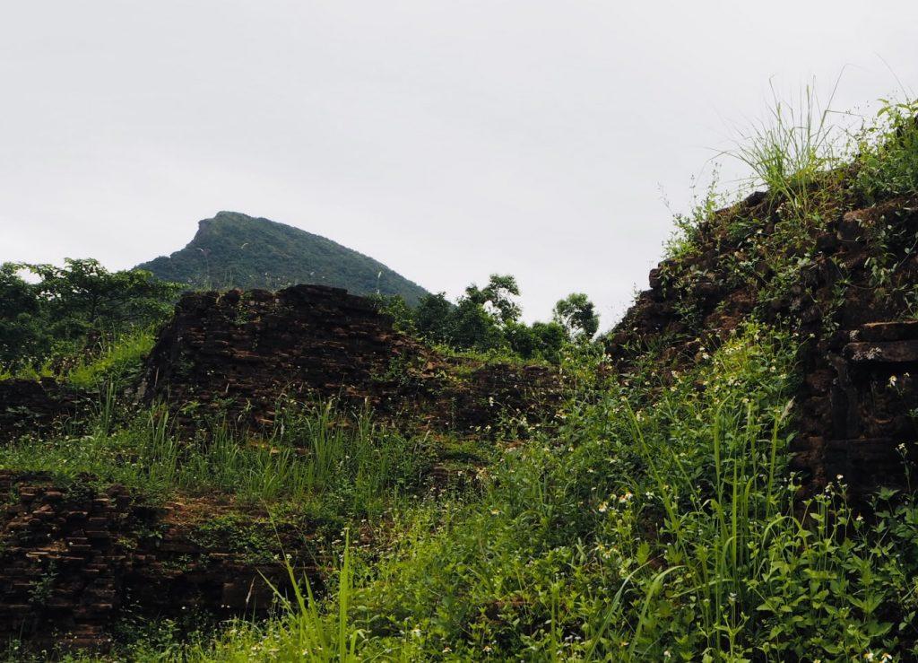 聖山マハーパルヴァタ