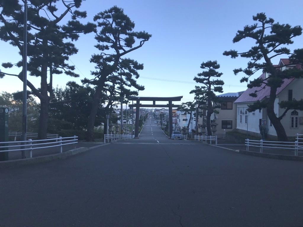 函館八幡宮前